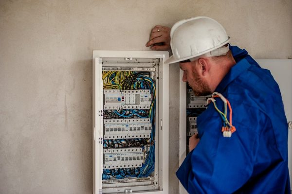για ηλεκτρολόγους μηχανικούς